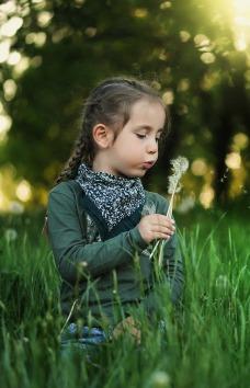 child-1347388_1280.jpg
